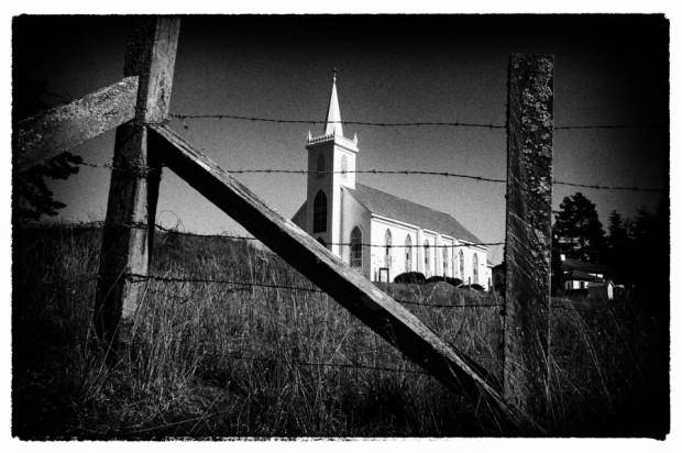 Leica Liker Hitchcock church